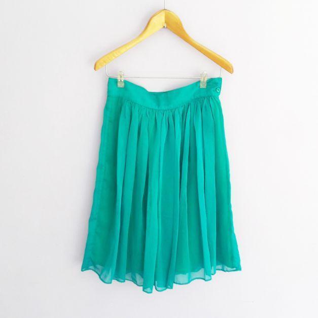 Falda celeste con forro