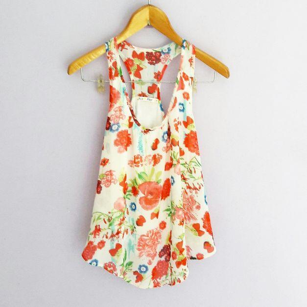 Blusa sin mangas con estampado de flores (#33THRIFTSHOP)