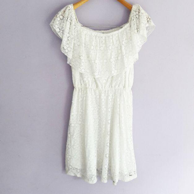 Vestido blanco straple de encaje