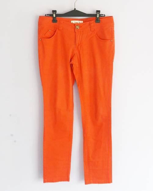 Pantalón recto color rojo anaranjado (#33THRIFTSHOP)