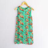 Vestido sin mangas verde con estampado de flores