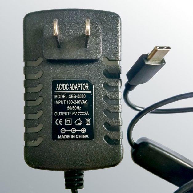 Fuente de poder de 5V y 3A con switch de encendido para Raspberry Pi 4B