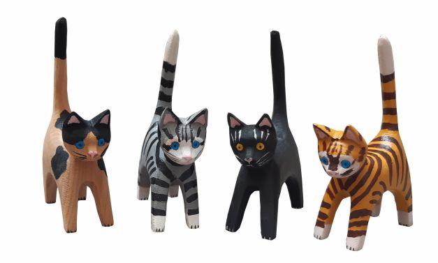 Set de 4 gatos medianos