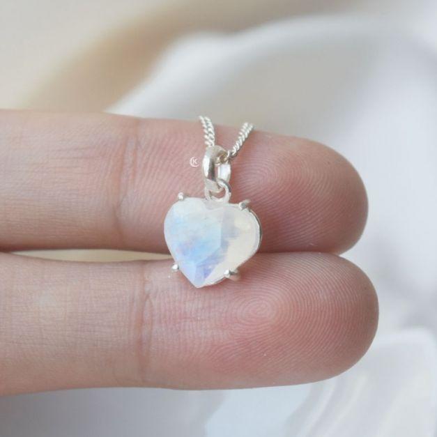 Collar de Plata Piedra Luna Love