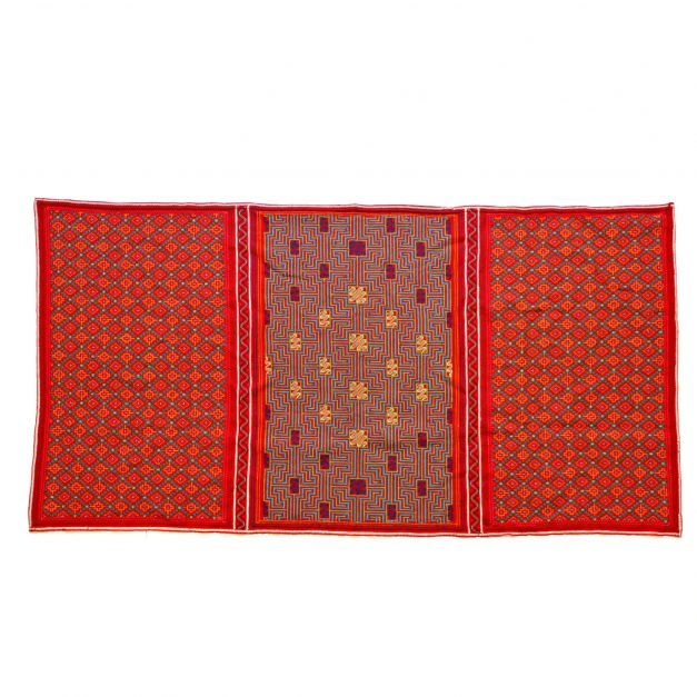 Textil bordado xao kené